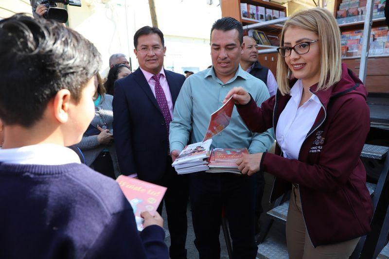 """Inicio de Programa """"Libro Bus en tu Escuela"""""""